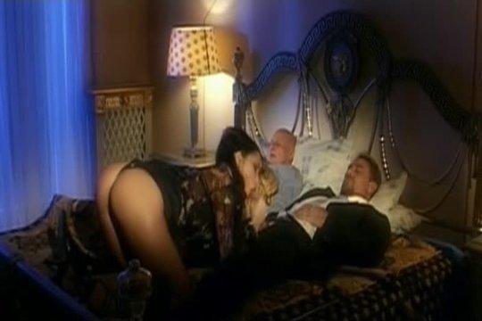 Порно Ретро Муж Спит